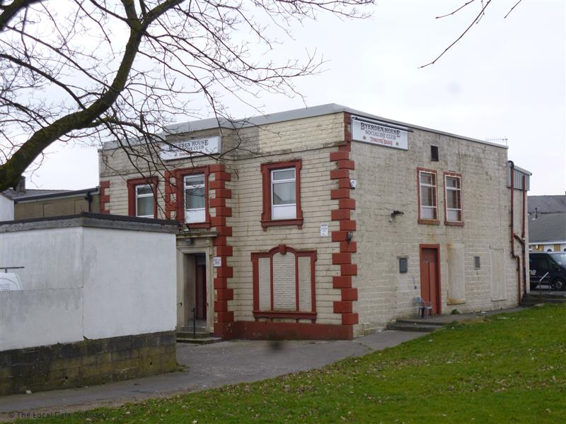 Byerden House Socialist Society Club & Institute | 191 Colne Road, Burnley BB10 1EA | +44 1282 423236